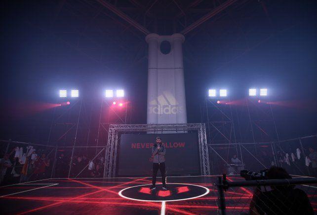 La Pulga habló con la prensa en la presentación de los botines Adidas Messi16 del pack Red Limit