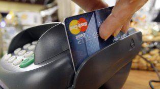 Ahora los menores podrán tener tarjeta de débito pero con algunas restricciones