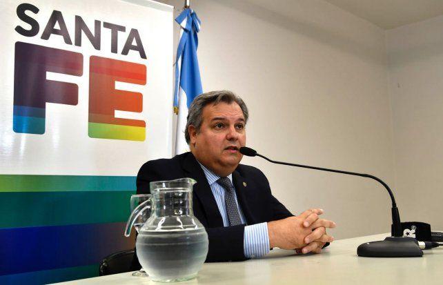 El ministro de Gobierno Pablo Farías salió al cruce a las críticas que le hicieron los empleados estatales y docentes.