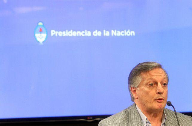 El ministro confirmó la suba de la nafta.
