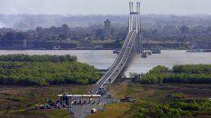 La cabecera del puente está cortada en Victoria por un reclamo de los pescadores. (Foto de archivo)