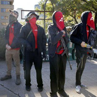 Tensión racial. El grupo de tendencia marxista que protesta en Austin.