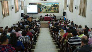 En Santa Fe. La audiencia se desarrolló en la Facultad de Derecho de la Universidad Nacional del Litoral.