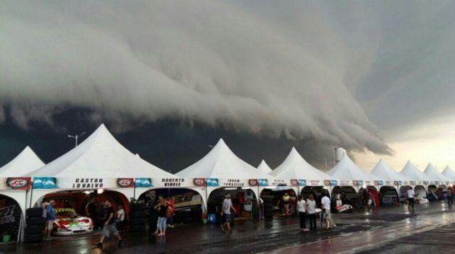 Las imágenes anunciaban el temporal que se iba a desatar minutos después.
