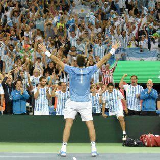 El festejo del gigante Del Potro en el final de su partido frente a Cilic.