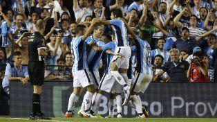 Racing se floreó ante Independiente en el clásico de Avellaneda.