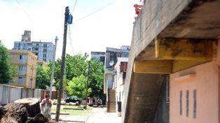 grandoli 4900. A Franco Carballo lo mató de dos tiros en el pecho un hombre que subió las escaleras hasta hallarlo.