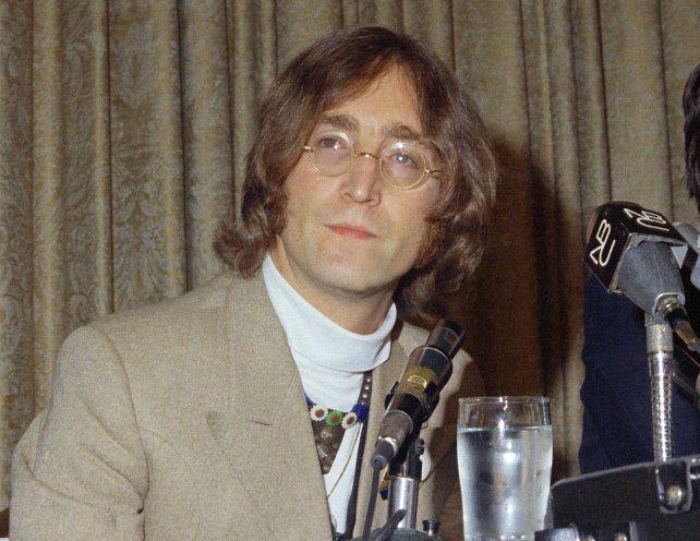 El legendario piano con el que John Lennon compuso los temas de Sgt. Pepper sale a subasta..