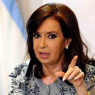 Cristina Fernández de Kirchner criticó al presiente Mauricio Macri por el conflicto docente.