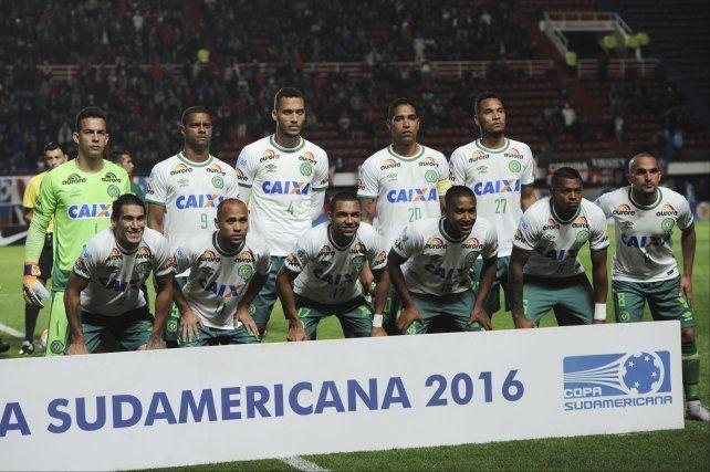 El equipo de Chapecoense que enfrentó a San Lorenzo en la semifinal de la Copa Sudamericana.