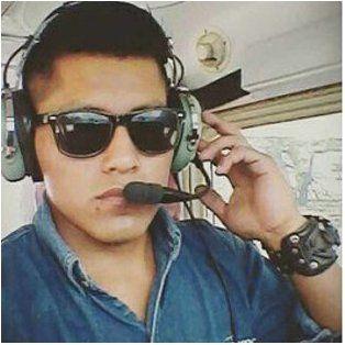 el comisario de abordo del avion de la tragedia aerea explico por que se salvo