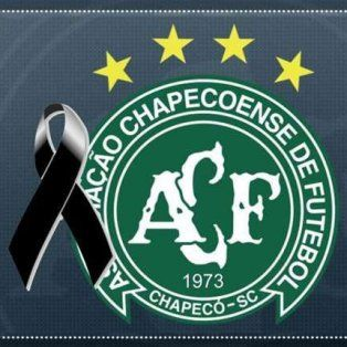 el futbol rosarino se solidarizo por la tragedia aerea de colombia a traves de las redes sociales