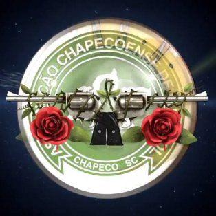 guns n roses le dedico el tema knockin on heavens door a las victimas de chapecoense