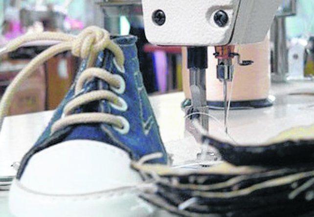 Crisis. La fábrica producía calzado de primeras marcas para bebés y niños.