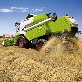El funcionario destacó un exponencial crecimiento en la venta de cosechadoras.