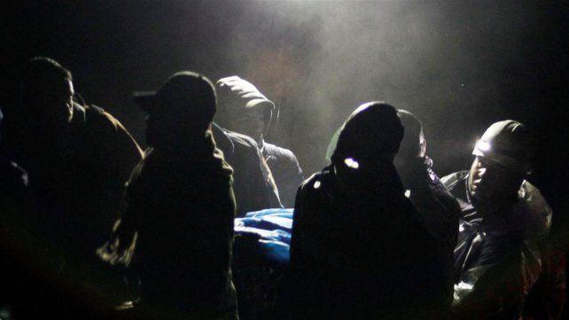 El niño fantasma que ayudó a los rescatistas no pudo ser identificado (Foto Reuters)