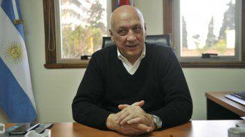 El exgobernador describió un panorama desalentador de la economía nacional y disparó contra Macri.