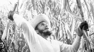 Fidel, el héroe y el villano