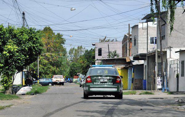 En los barrios. Hernán Rucillo fue detenido por Gendarmería en Dr. Riva al 100.