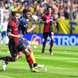 El elegido. Escobar, tal como se adelantó, será de la partida. Ya jugó de central ante Gimnasiay San Lorenzo.
