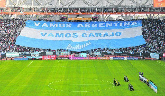 Pasión. Los argentinos viven y polemizan con mucha intensidad cada hecho vinculado al deporte.