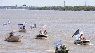 Circuito fluvial. Llevan un petitorio para el presidente de la Nación.