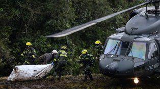 Los cuerpos fueron rescatados en cerro El Gordo y serán repatriados a Brasil.