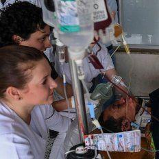 Helio Neto fue operado de una pierna y su padre asegura que volvería al fútbol.