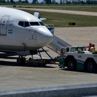 El aeropuerto de Fisherton está cerrado por desperfectos técnicos en el remolcador de las aeronaves.