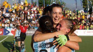 De festejo. Las jugadoras celebran la victoria sobre Australia por 4 a 2. Mañana jugarán ante Holanda.
