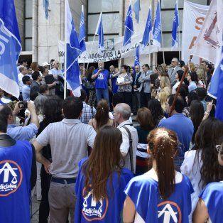 Más justa. Los trabajadores judiciales reclamaron por emergencia en la Justicia