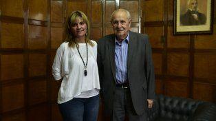 La concejala Giménez y el diputado Cavallero explicaron la postura de su partido en ciudad y provincia.