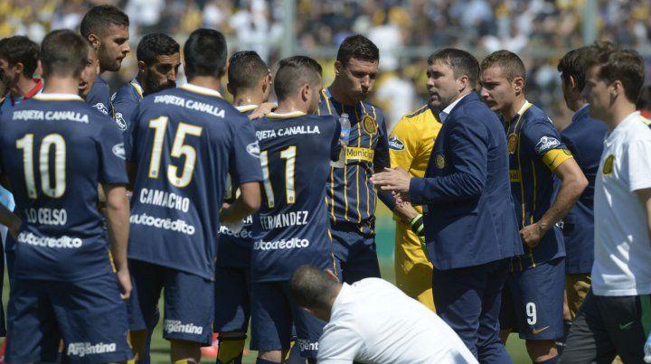 Los quiere a todos afilados. El Chacho les da rodaje esta tarde a los titulares ante los tatengues porque para la final de la Copa Argentina quedan diez días de recuperación.