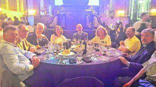 Hubo 76 intoxicados en la cena aniversario de la UNR