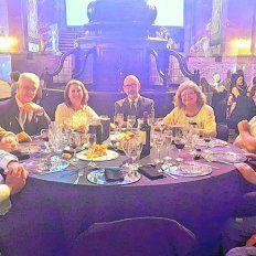 masiva intoxicacion en la cena por el aniversario de la universidad nacional de rosario
