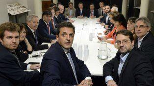 A fines de noviembre hubo un acuerdo político para tratar Ganancias en extraordinarias.