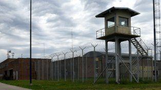 Un legislador de Cambiemos lanzó duras acusaciones contra el sistema penitenciario provincial.