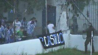Un jugador de Almagro fue herido en la cabeza tras los incidentes.