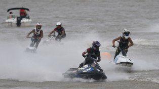 Ayer comenzó la segunda fecha del Campeonato Nacional de Jet Ski y Motos de Agua en la zona del balneario La Florida y Rambla Catalunya.