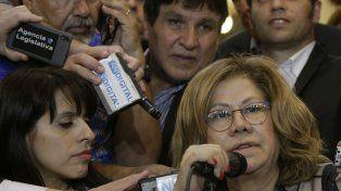 Fuertes cruces. La diputada Camaño criticó a Macri por haber tratado de impostor a Sergio Massa.