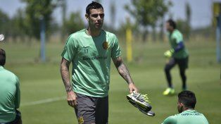 En el equipo. Herrera será uno de los delanteros titulares contra Lanús.