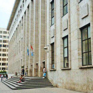 El edificio de los Tribunales Provinciales, donde se llevó a cabo hoy la audiencia imputativa en otro caso de violencia de género.