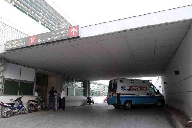 La joven herida fue derivada al HECA. (Foto de archivo)