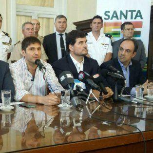 Hoy los principales referentes del área de Seguridad de la Nación, Eugenio Burzaco, y de la provincia, Maximiliano Pullaro, hablaron con la prensa en Santa Fe.