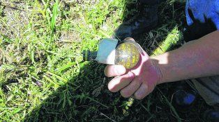 Explosivo. Un hombre halló una granada de uso militar