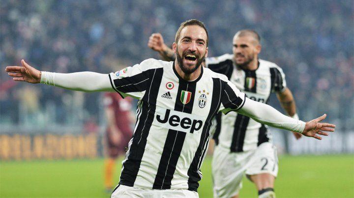 Gonzalo Higuaín disfruta de un gran momento en Italia.