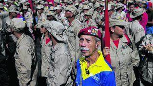 militarización. Maduro exhibió ayer a las milicias bolivarianas. El chavista es un modelo de control social..