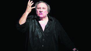 histriónico a medias. Depardieu evocó a clásicos franceses y Borges.