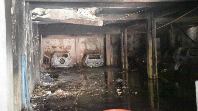 Los vecinos del edificio de Laprida al 900 se enteraron después del incendio que no estaba pagado el seguro.