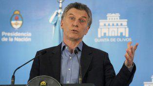El presidente Macri será operado de un pólipo que le provoca disfonía.